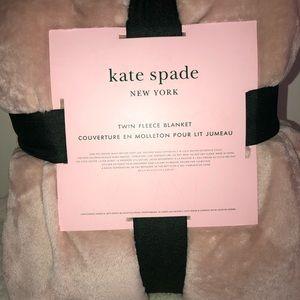 Kate Spade ♠️ Twin Fleece Blanket